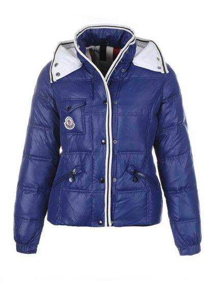 f414ced9cf1 Moncler Quincy abajo chaqueta para mujer botón azul oscuro corto ...